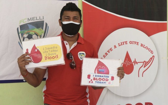 Footballer Nirmal Chettri organizes blood donation