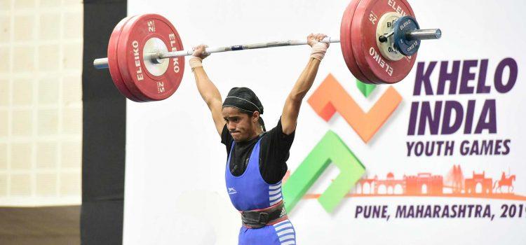 Shubham Kolekar embraces hunger and rewards himself with gold